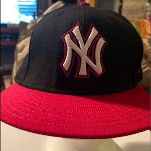 New Era Blue/Red Yankees Baseball Cap
